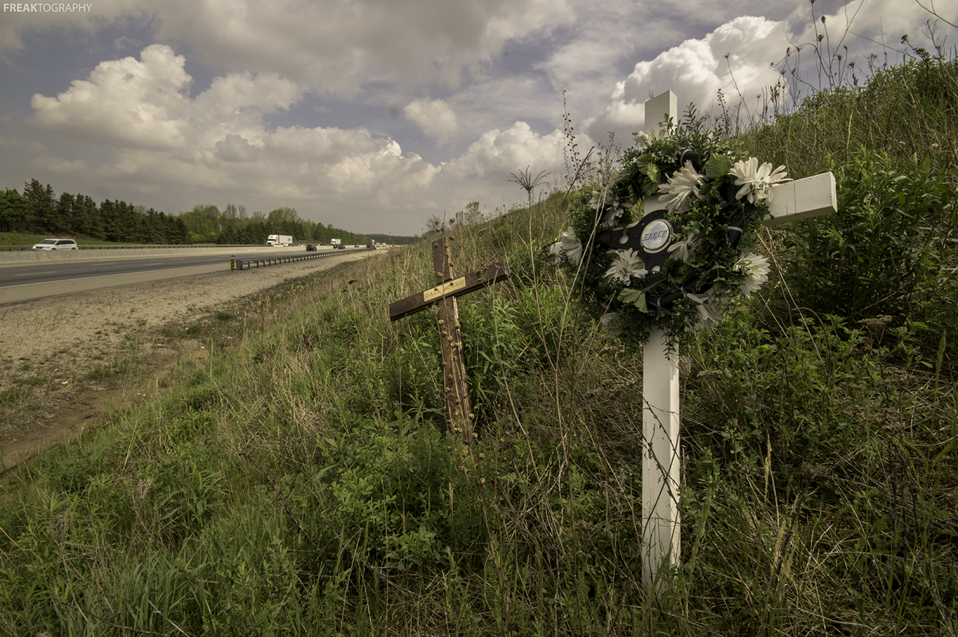 "roadside memorials ""roadside memorials are not allowed,"" said danny straessle with the arkansas  department of transportation ""the statute says 'the right of."